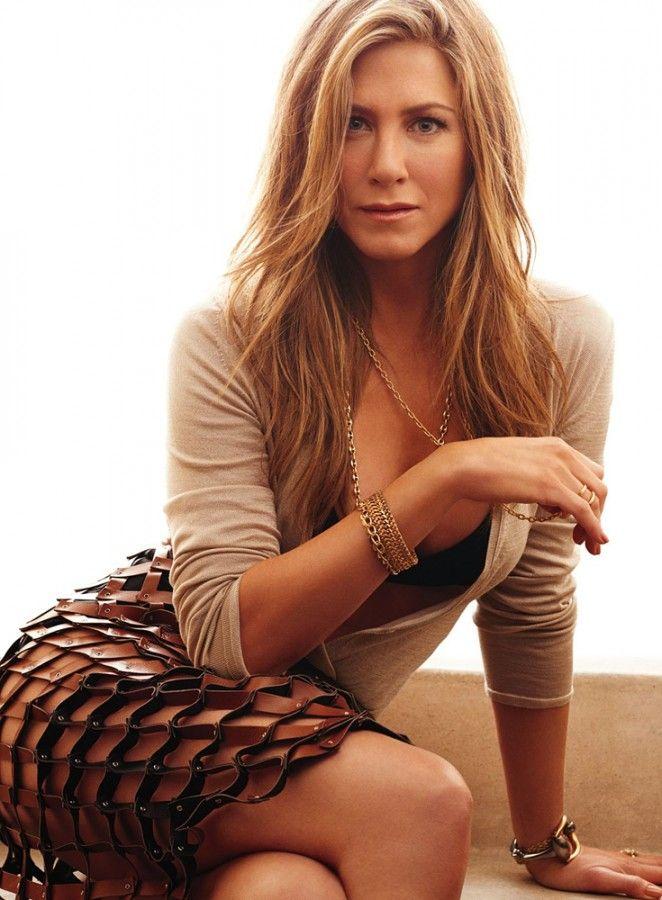 13 Wasteful Ways Jennifer Aniston Spends Her Millions ...