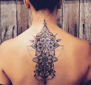 Tatouage Mandala Nuque Tattoos Tatouage Tatouages Mandala