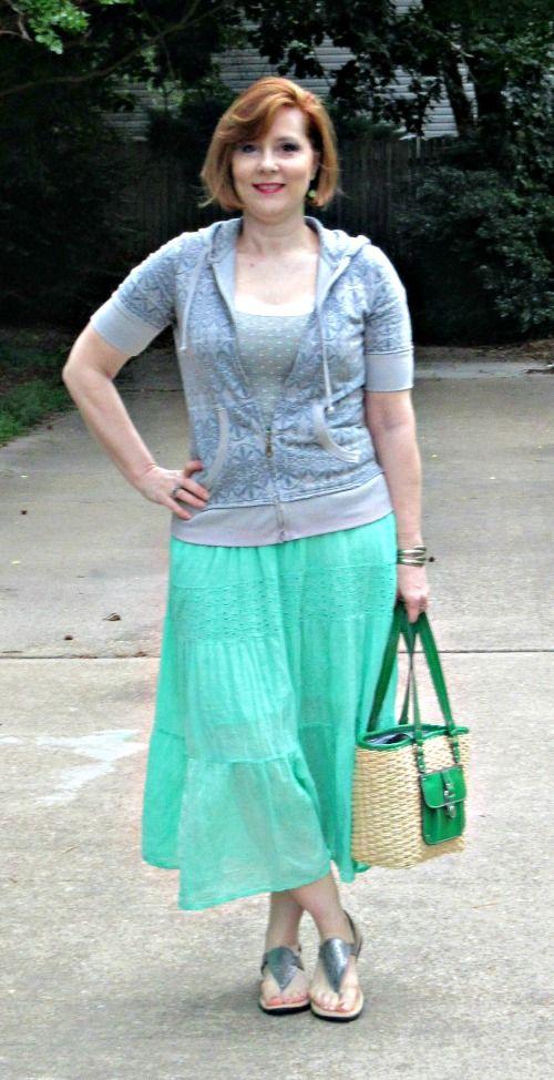 Playful Pistachio : over 40 fashion blogger