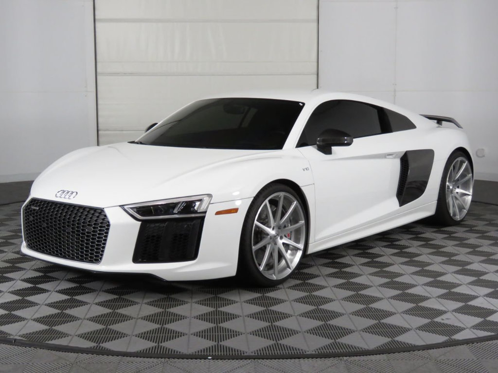 Audi R8 2dr Coupe Automatic Quattro Audi Used Audi Coupe