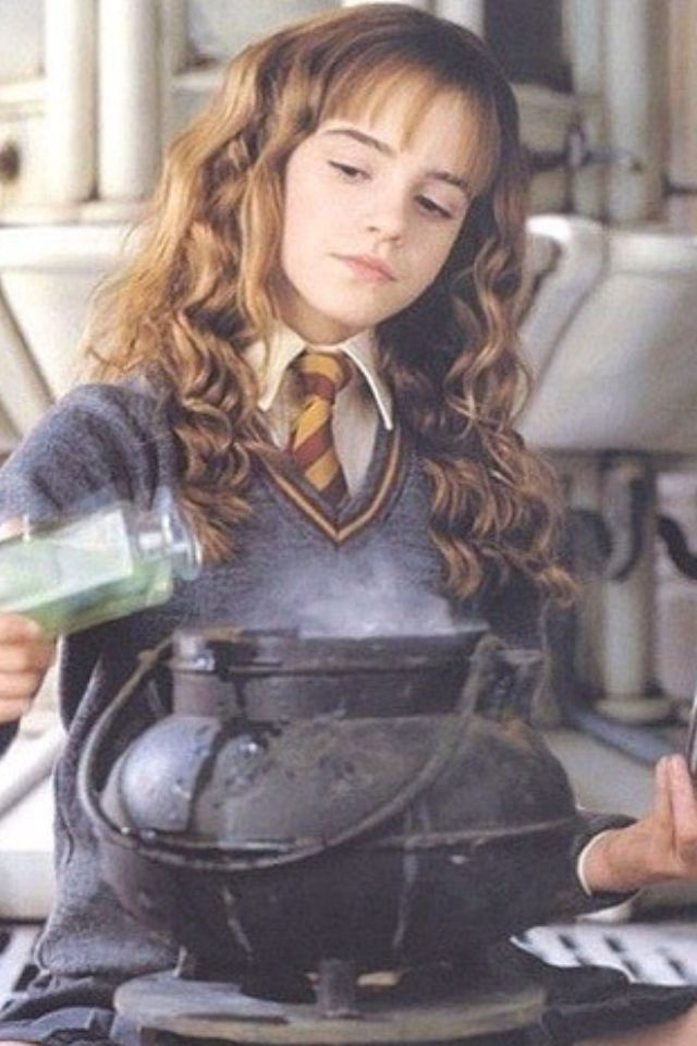 Harry potter hermione upskirt