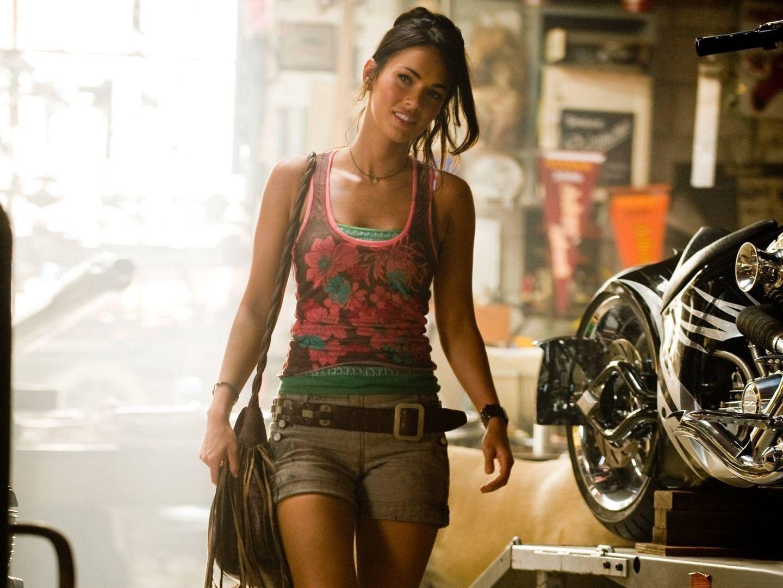 Megan Fox Transformers HD Wallpapers THIS Wallpaper