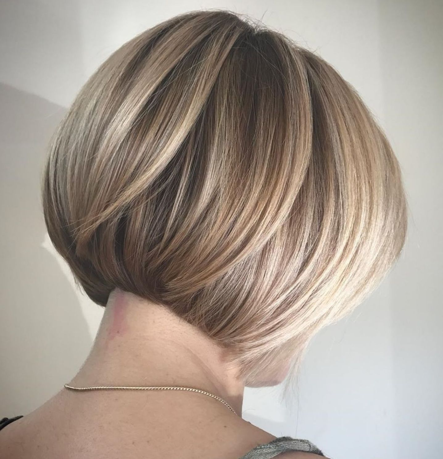 60 Best Short Bob Haircuts and Hairstyles for Women in 2020 | Short hair  with layers, Concave bob hairstyles, Short bob haircuts