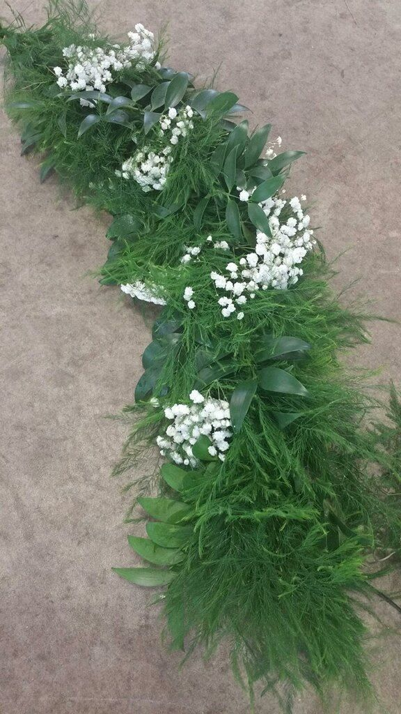Fresh Baby S Breath Garland For Weddings Bridal Brunch Babys Breath Fern Wedding