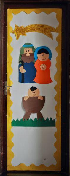 Puerta decorada manualidad catequesis pinterest for Puertas decoradas navidad material reciclable