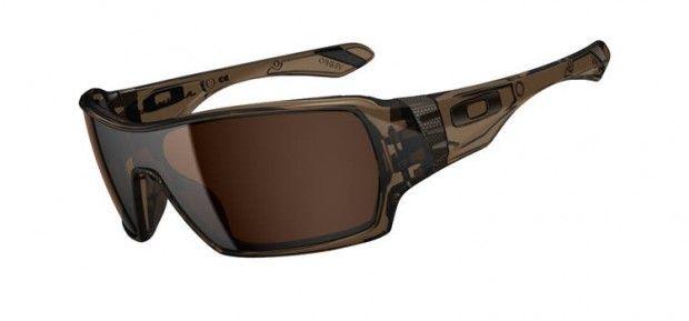 Óculos Oakley Offshoot  a versão lente única do Big Taco ... ce54a419ba