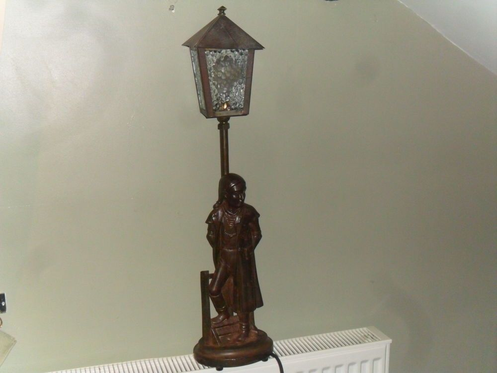 Charles Ens Tale Of Two Cities Lamp