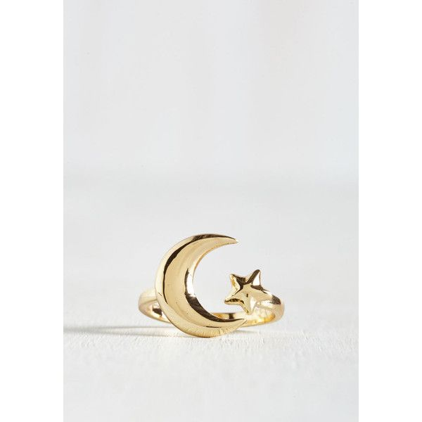 Boho Moon and Shake Ring ($13) ❤ liked on Polyvore featuring jewelry, rings, boho rings, boho jewelry, boho chic jewelry, bohemian rings and adjustable rings