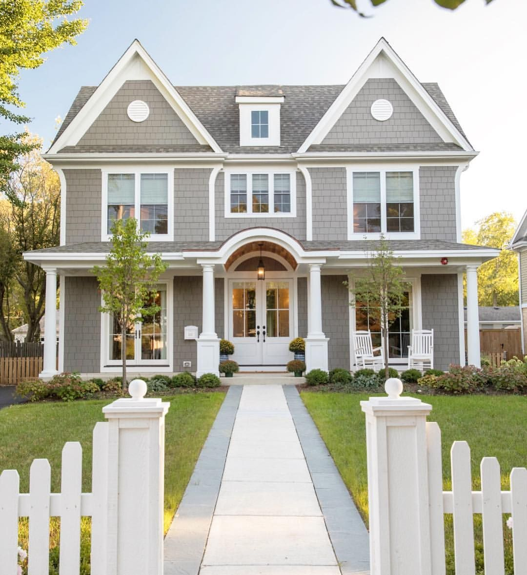 Pin By Regan J On Homey Traditional Home Exteriors House