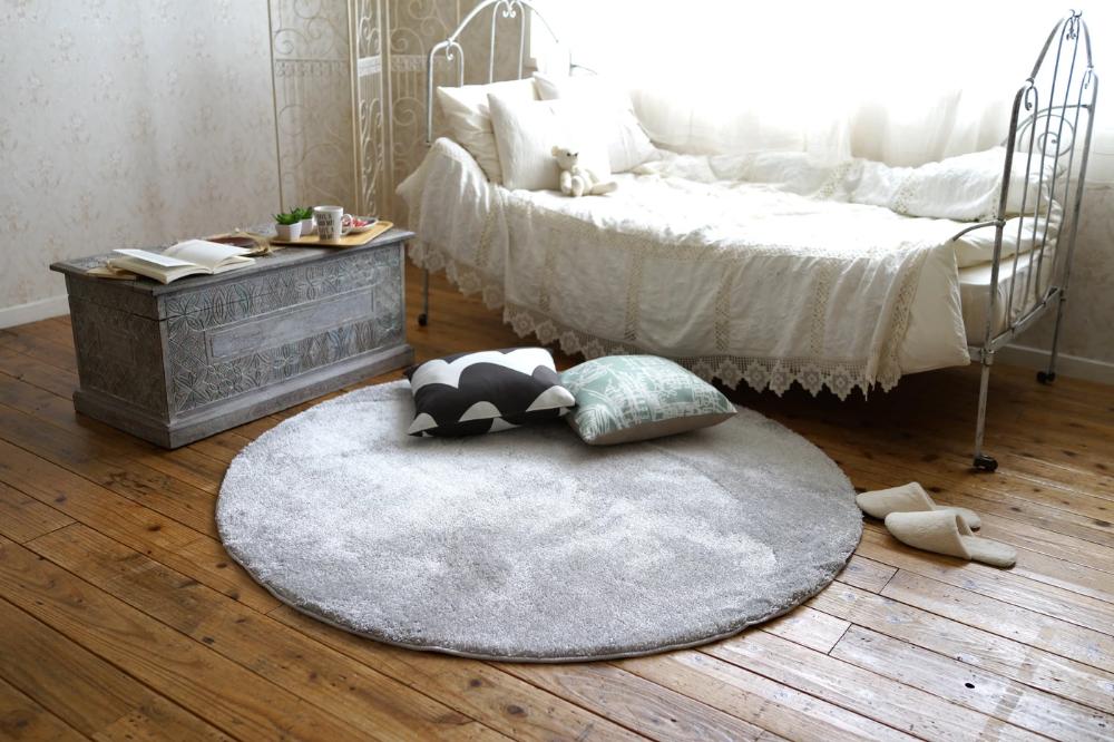 アレルゲンを抑制するアレルブロック加工ラグ イルミエ 2サイズ 円形 シルバー ラグ 円形 床暖房