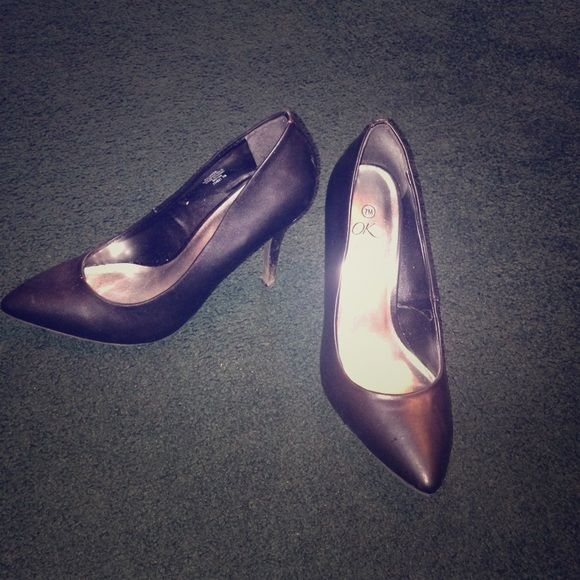 Heels Great to wear for job interviews and comfortable Shoes Heels