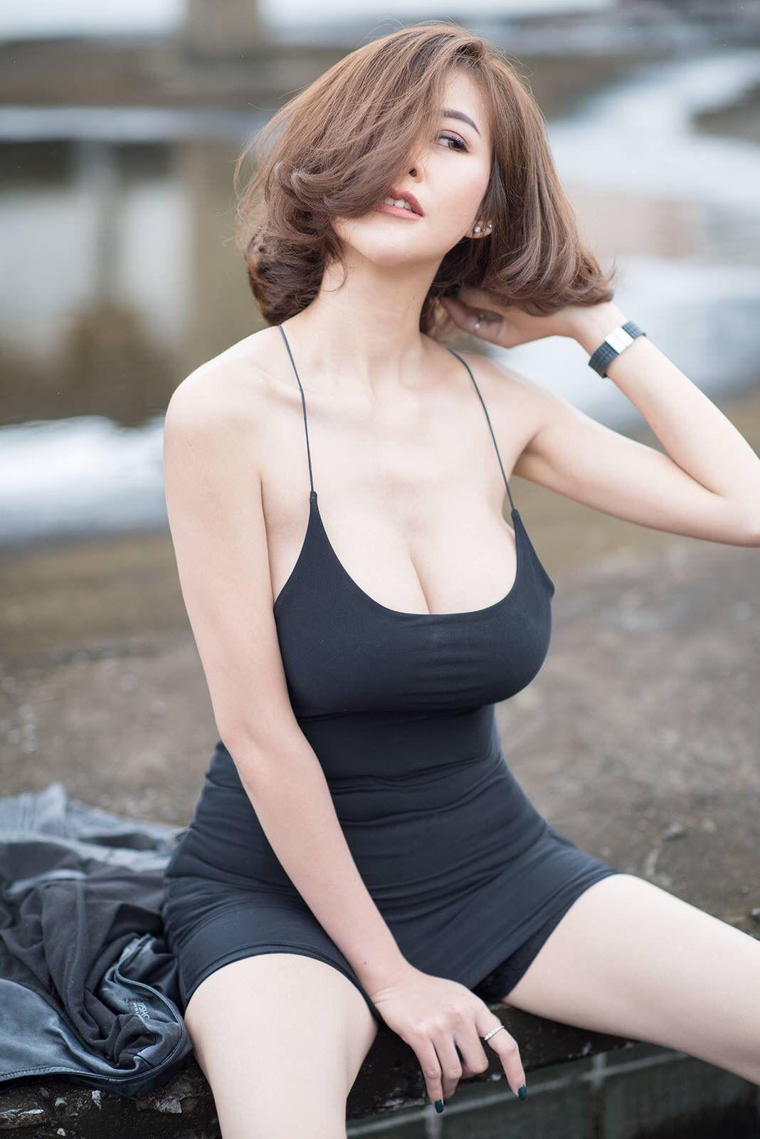 Busty Asian Teen Uncensored