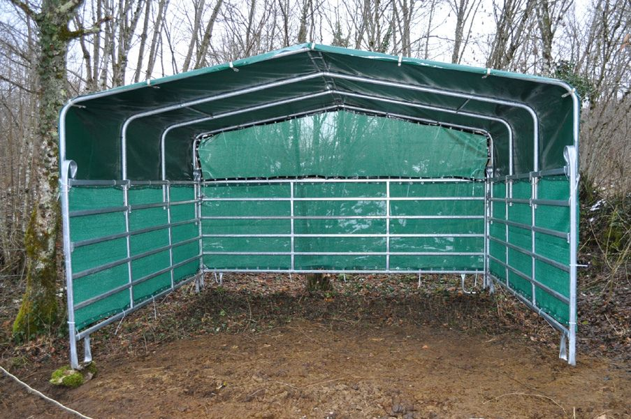 Temporary Livestock Shelter : Jan horse shelter portable