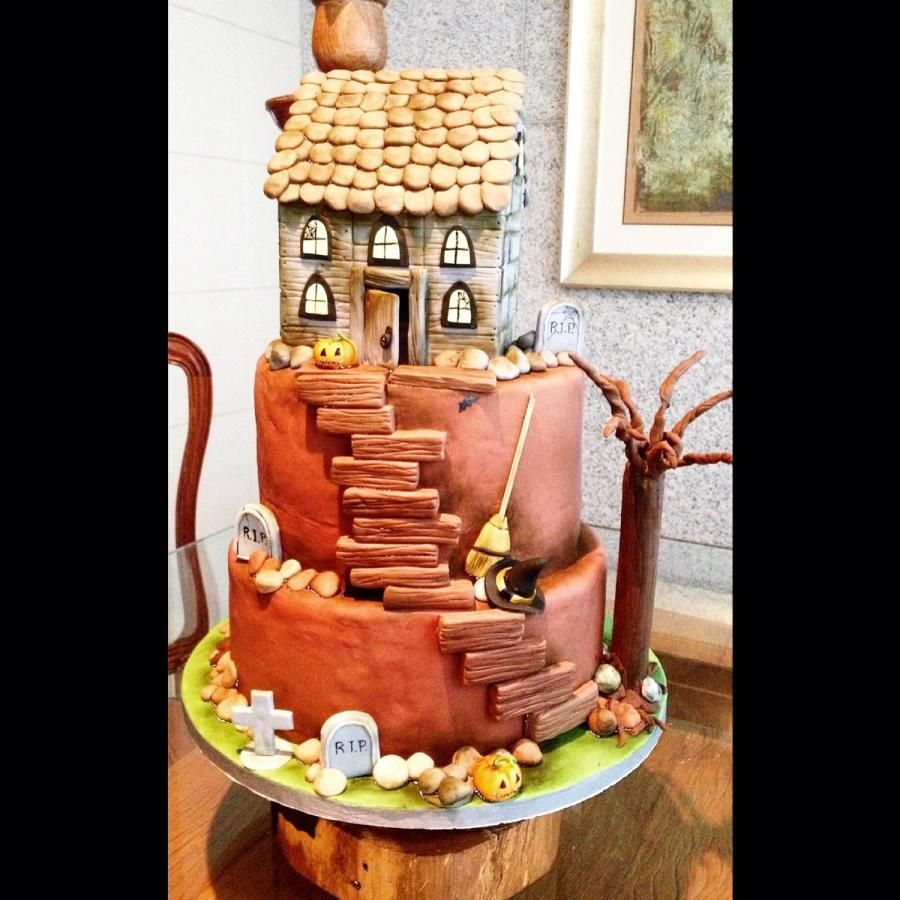 Halloween cake - Cake by Cláudia Oliveira