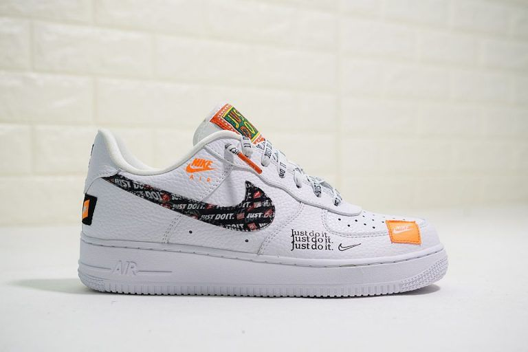 NIKE AIR FORCE 1 '07 PREMIUM JUST DO IT WHITE WHITE BLACK