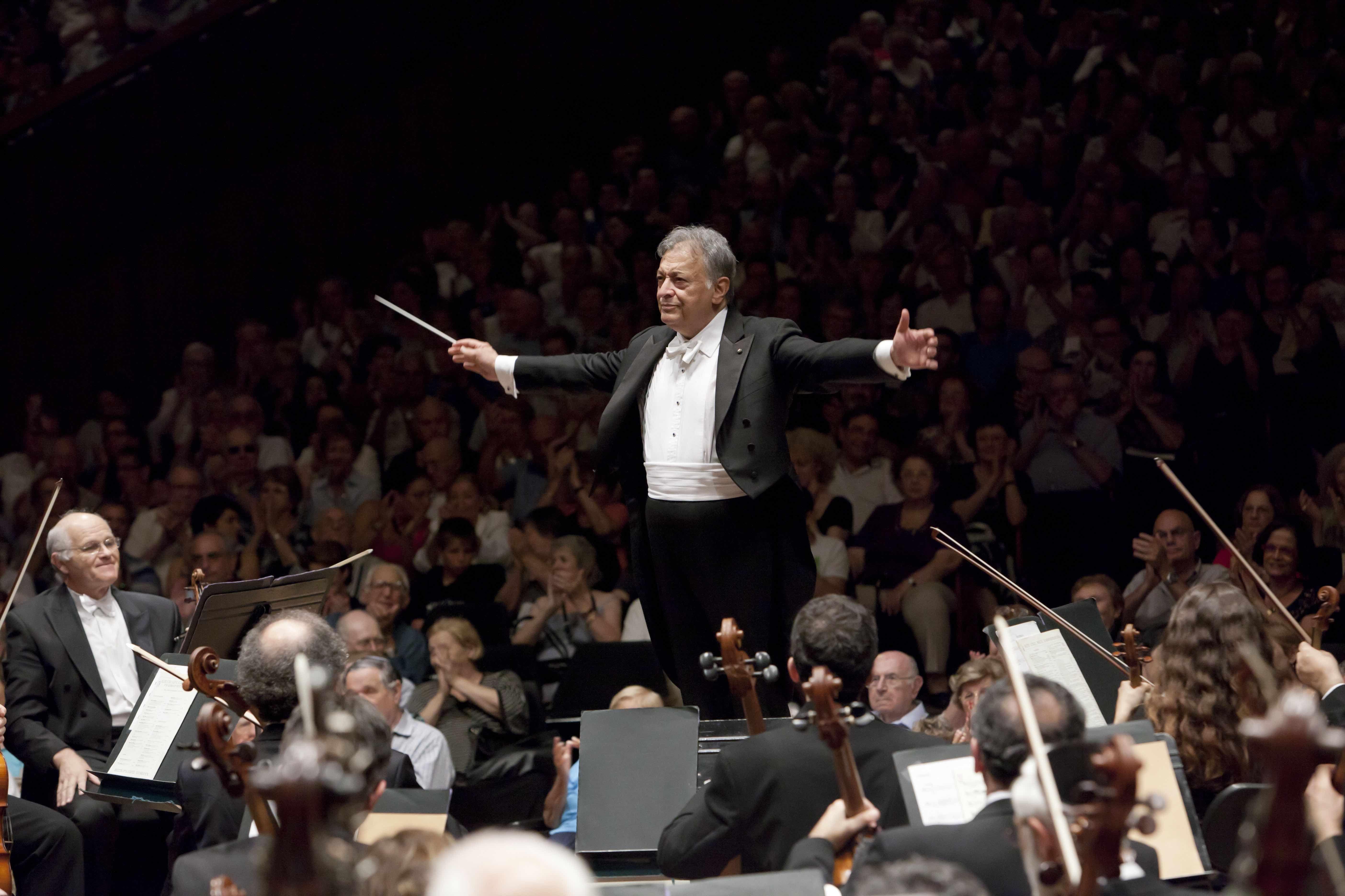 Filarmônica de Israel sob a regência de Zubin Mehta faz apresentação única em SP. Orquestra e Maestro completam 80 anos em 2016.