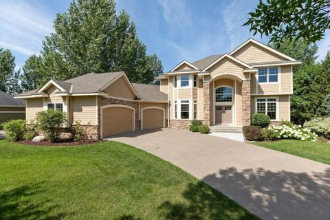FEATURED LISTING! 2645 Cottage Grove Place Woodbury, MN ...