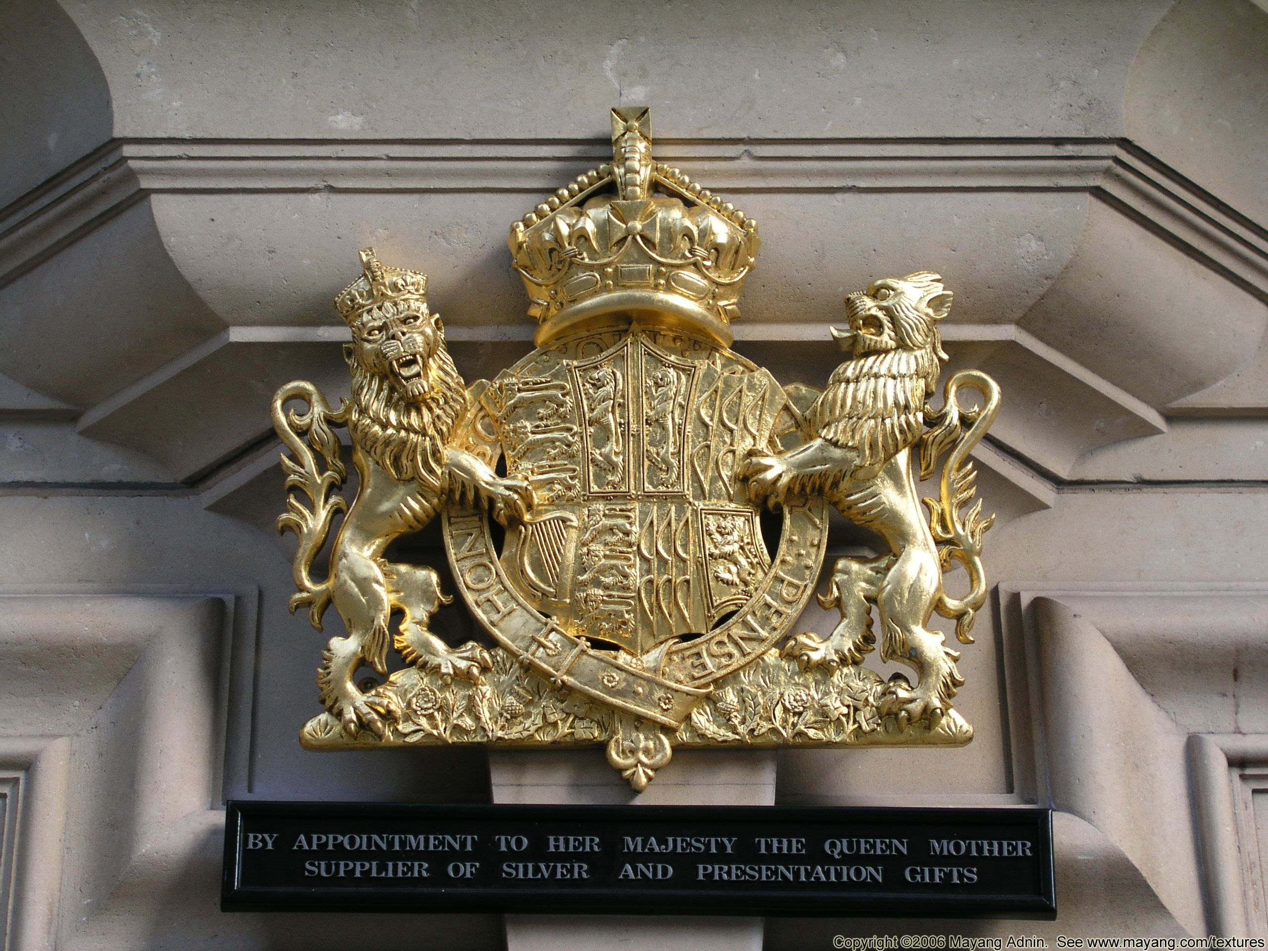 Royal warrant of queen elizabeth the queen mother i am a brit royal warrant of queen elizabeth the queen mother fandeluxe Choice Image