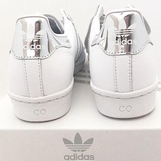 28) tumblr pinterest Adidas zapatos, zapatillas blancas y metalico
