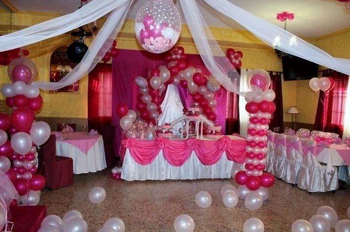 Resultado de imagen para arreglos de globos para 15 a os for Decoracion de 15 anos en casa