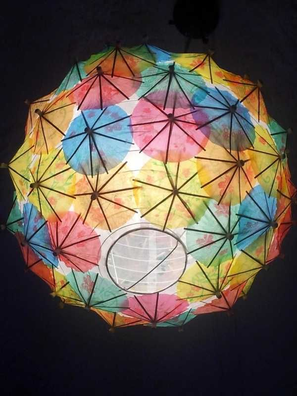 How To Use Umbrella Lights Use The Umbrellas And Make A Light Fixture Toothpick Umbrella