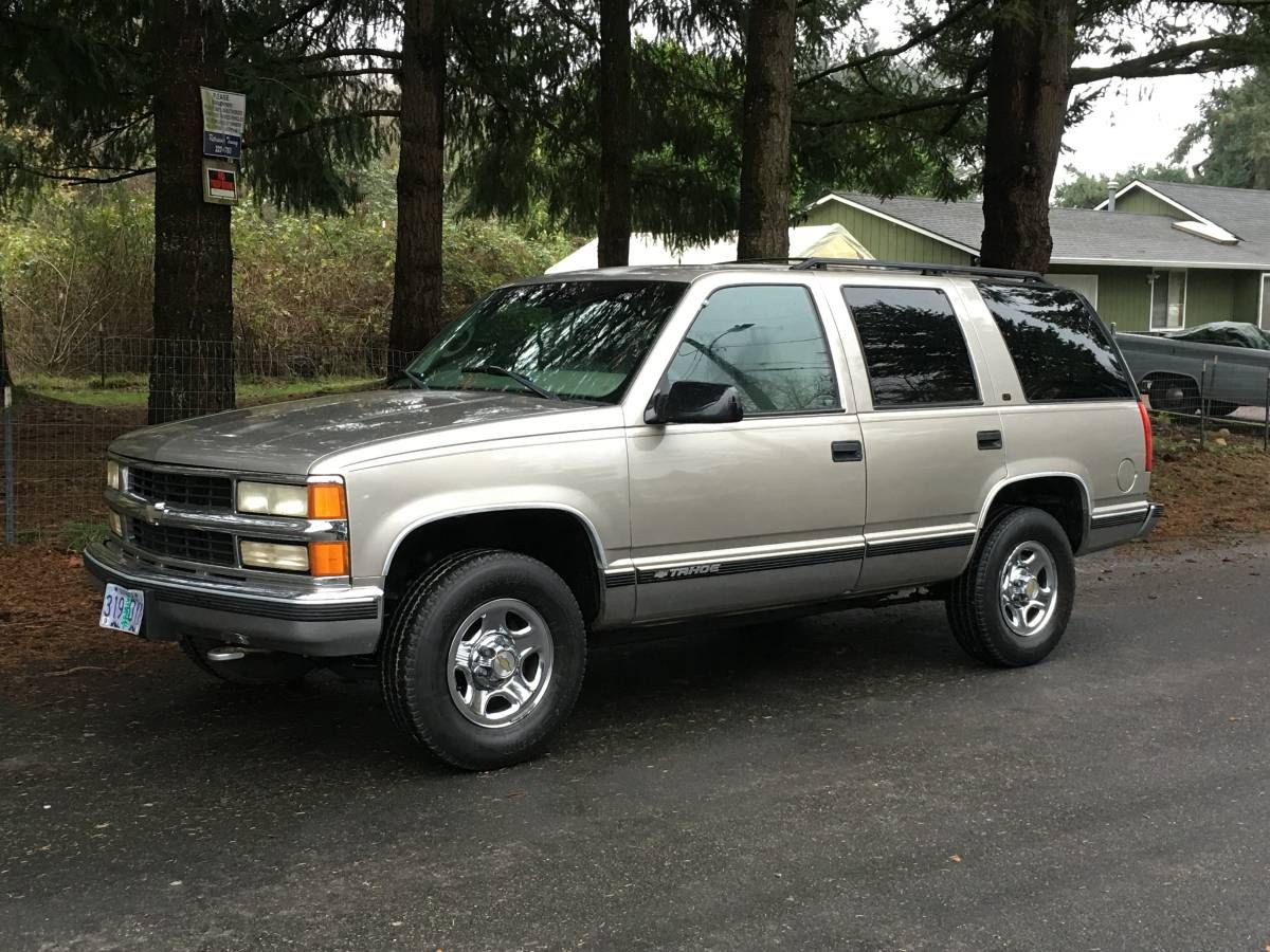 1998 chevy tahoe lt 4x4 leather 180k miles run s great clean title