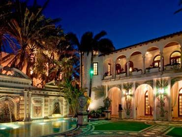 Outrageous Mansions In S Florida Versace Mansion Miami Beach Mansion Mansions