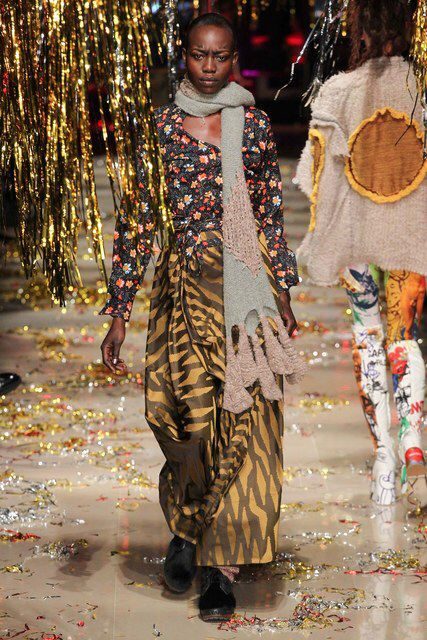 Vivienne Westwood | Fall 2015 Ready-to-Wear Collection | Vogue Runway