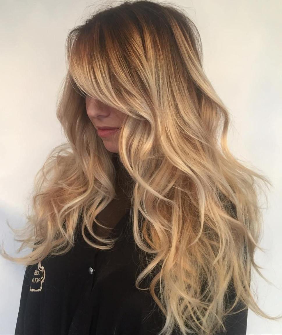 40 stilvolle Frisuren für lange blonde Haare   Modele coiffure, Cheveux longs blonds, Coiffure