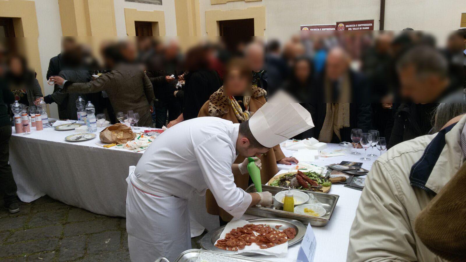 """""""VILLA SIGNORINI"""" CON IL SUO RISTORANTE """"LE NUVOLE"""" PRESENTE ALL'EVENTO """"INCONTRA IL CIBO SLOW"""" (CASTELLO MEDICEO DI OTTAVIANO – 20/03/2017)  http://www.villasignorini.it/it/villa-signorini-suo-ristorante-le-nuvole-presente-allevento-incontra-cibo-slow-castello-mediceo-ottaviano-20032017/  http://www.ristorantelenuvole.it/villa-signorini-suo-ristorante-le-nuvole-presente-allevento-incontra-cibo-slow-castello-mediceo-ottaviano-20032017/"""