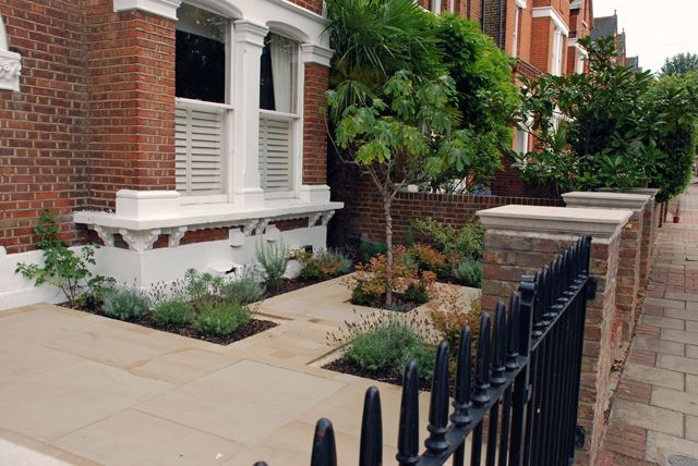 classy front garden for a wandsworth town house