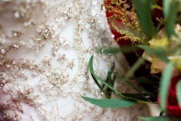 Credits:  Fotografie: Trouw Trendy  Bloemen: Troupe de Luxe  Bruidsjurk: De Bruidslakei