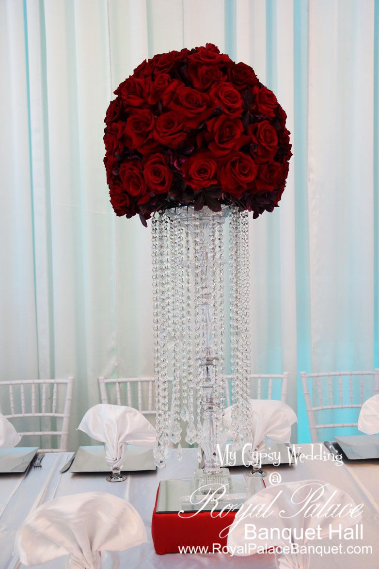 Red Roses Centerpiece at Royal Palace Banquet Hall in Glendale CA ...