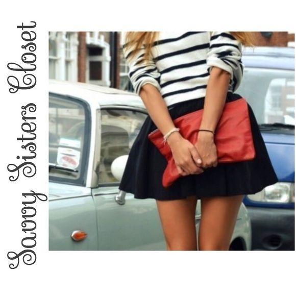 Contemporary skirt Contemporary black pleated skirt Forever 21 Skirts Circle & Skater