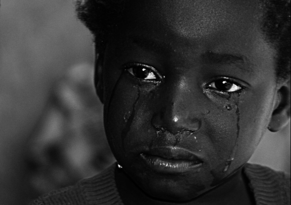 These Heartbreaking Images Will Make You Think Twice ... |Crying African Children