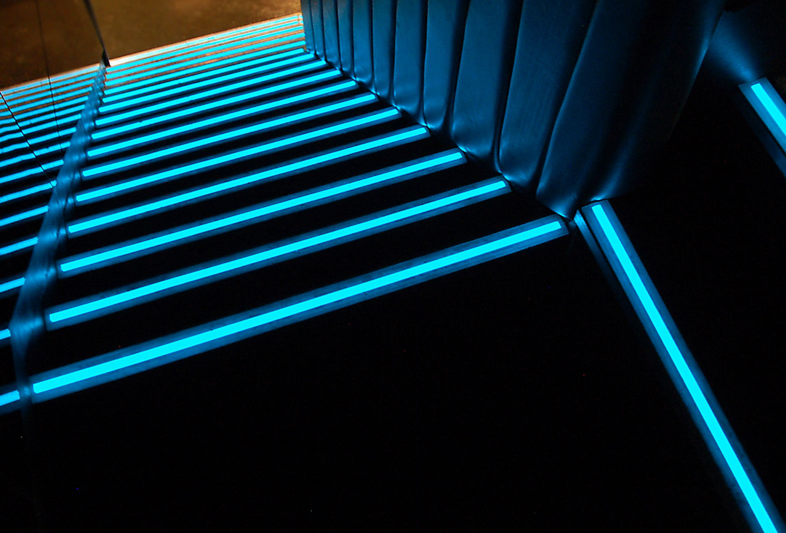 Nightclub Light Design | LumaGrip™ Lights The Way In Boujis Exclusive  London Club Stairs