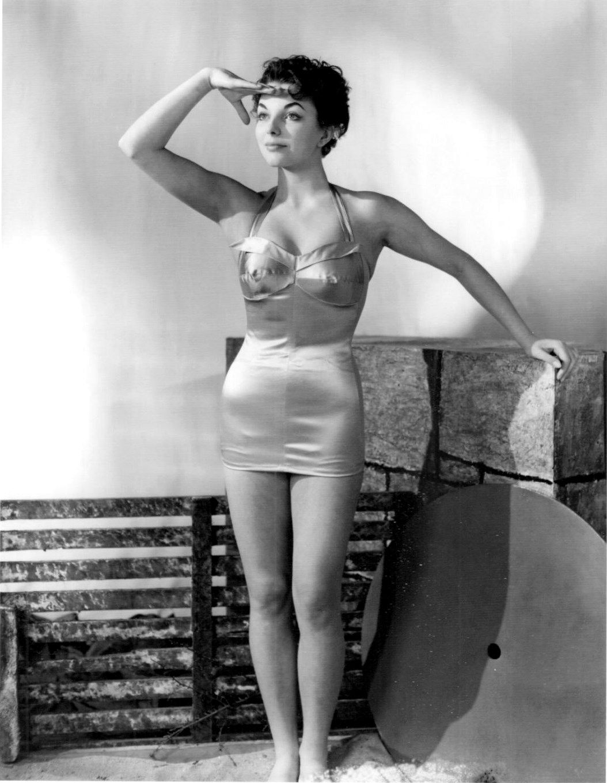 Joan Collins (born 1933) nude (77 photo), Topless, Sideboobs, Twitter, braless 2019