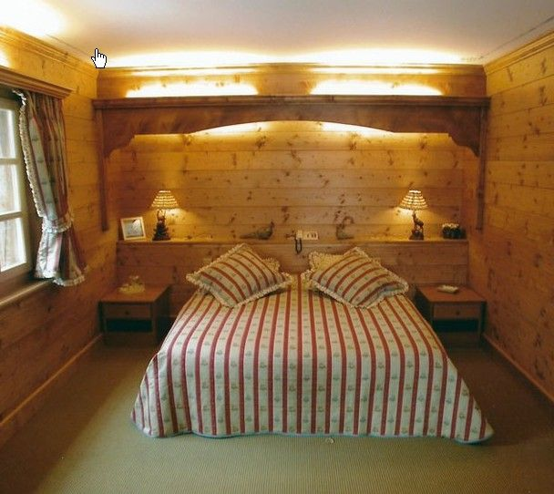 Ambient arredo realizza soluzioni pratiche ed accoglienti per la tue camere da letto matrimoniali in legno stile montano trasformando le tue esigenze in comode realtà. Pin Su Arredi