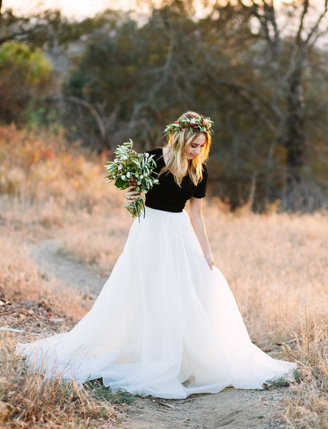 Endless Summer Engagement Inspiration Top Wedding Dresses