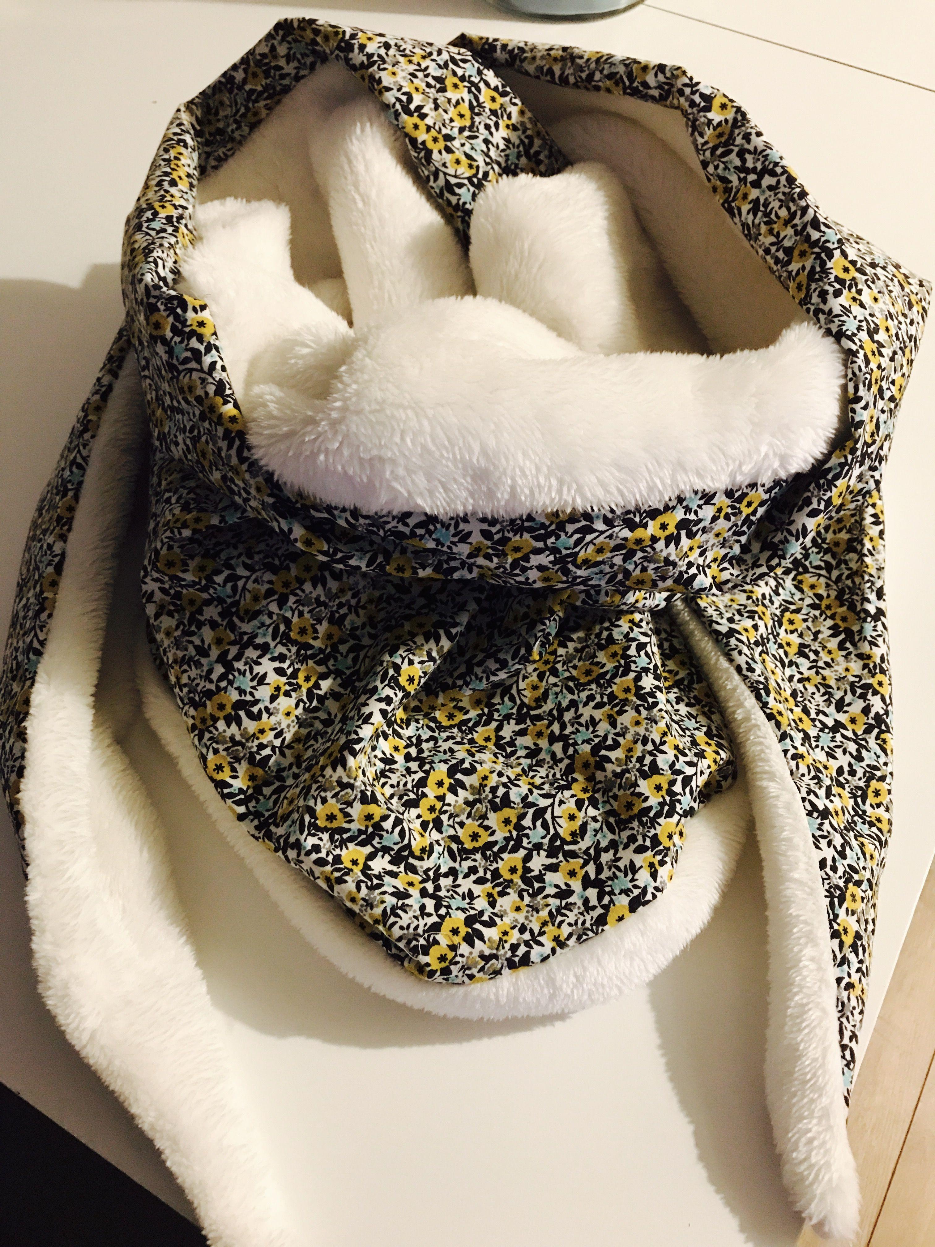ch che d 39 hiver cousu main avec tissu doudou scarf pinterest couture tissu et cousu main. Black Bedroom Furniture Sets. Home Design Ideas
