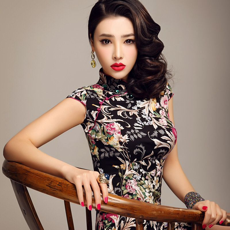 Qi Pao Buttons Hairstyles And Makeup Cheongsam Dresses Chinese