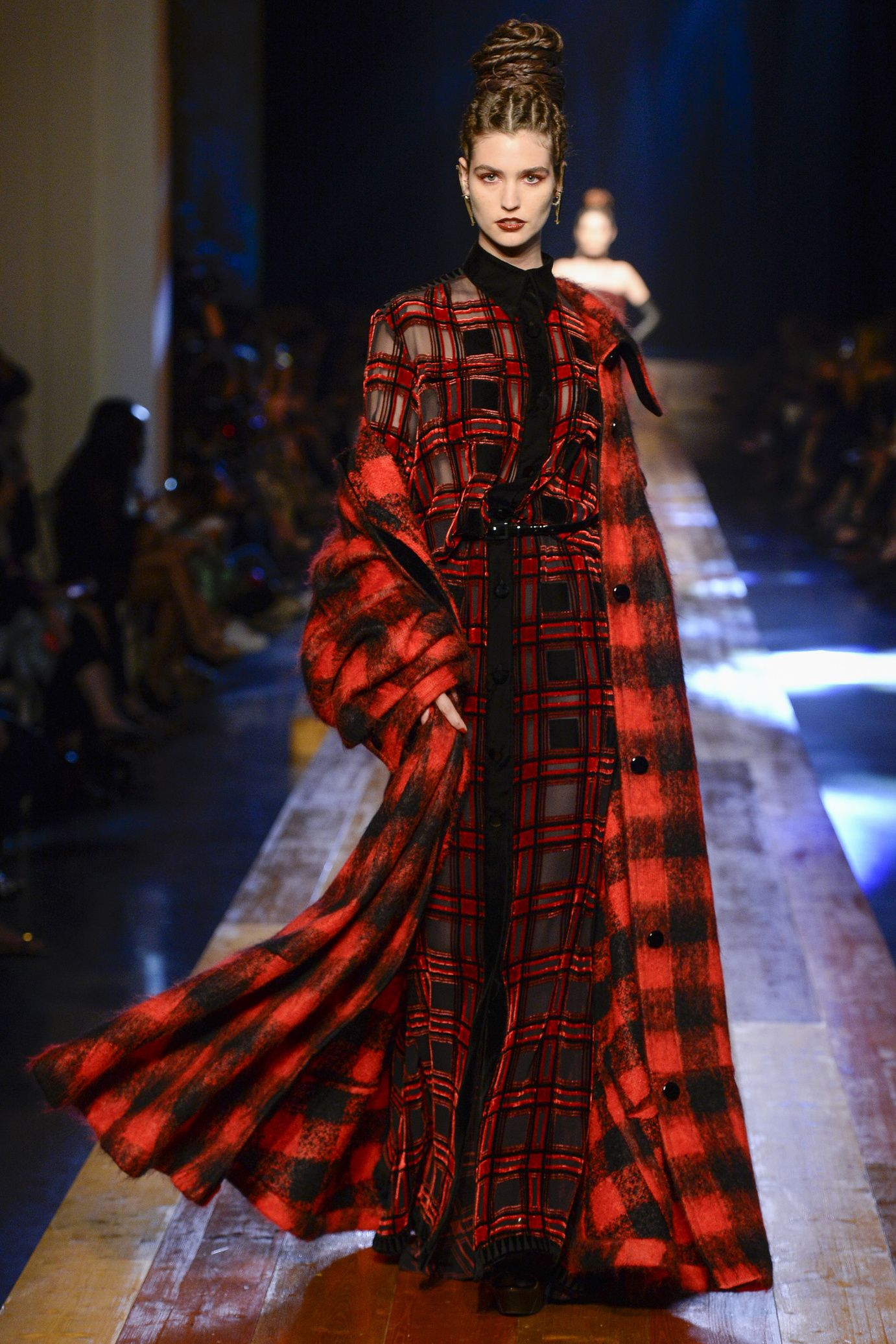 Jean paul gaultier haute couture fall winter 2016 2017 for Haute couture