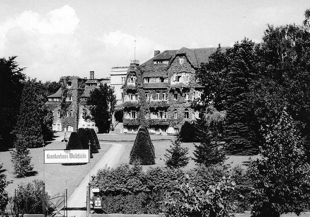 Berlin-Zehlendorf, Fischerhüttenstraße, 1960 | Flickr - Photo Sharing!
