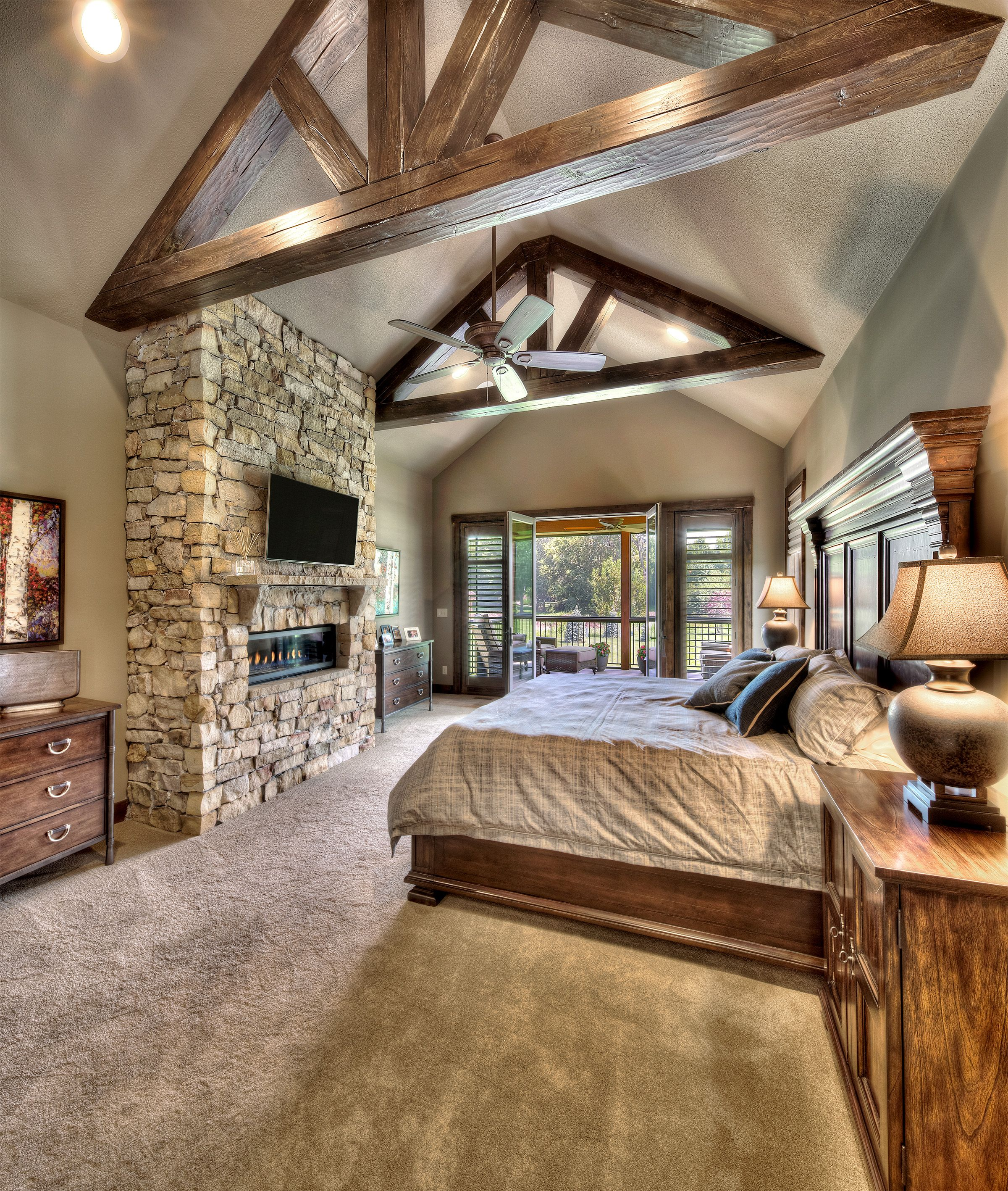Best Master Bedroom Carpeted Wooden Beams Floor To Ceiling 640 x 480
