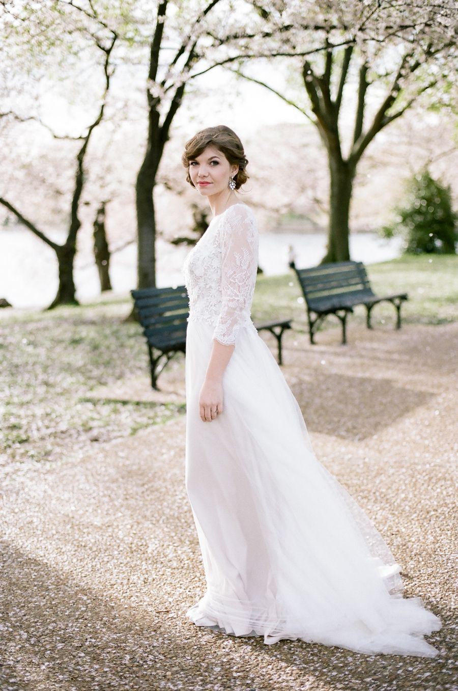 Washington dc cherry blossom elopement inspiration elopement inspired by the beautiful blooming cherry trees of washington dc this elopement inspiration photo shoot is classic and timeless ombrellifo Choice Image