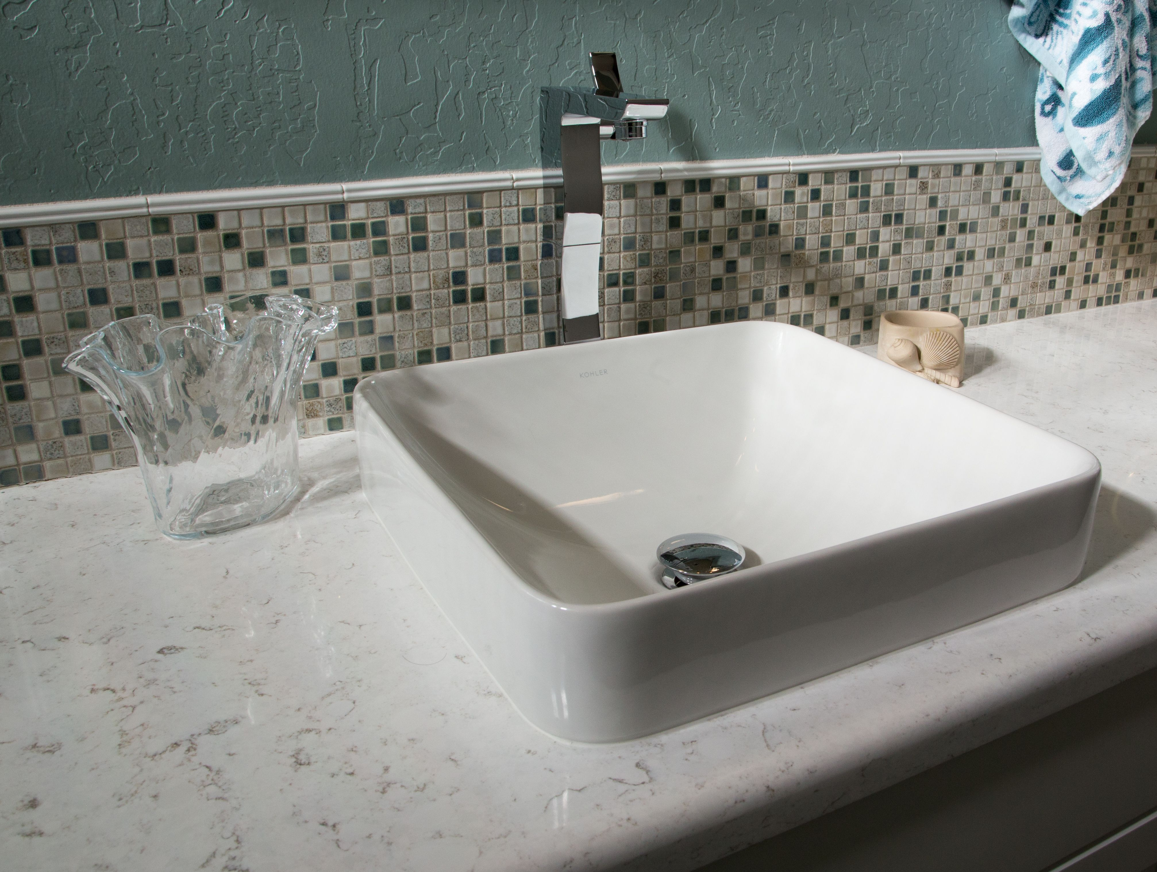 From Beachy Getaways To Modern And Simple Designs Twd Is Your Contractor Of Choice For Your Next Bathroomremodel T Bathrooms Remodel Remodel Dream Bathrooms [ jpg ]