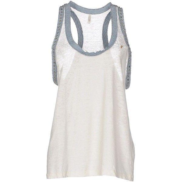 Liis - Japan Vest (1.055 NOK) ❤ liked on Polyvore featuring outerwear, vests, ivory, sleeveless vest, white vest, vest waistcoat, sleeveless waistcoat and white sleeveless vest