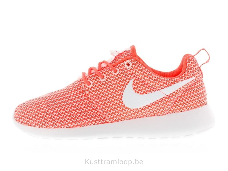Nike Femme Roshe Run Hot Lava / Blanc Basket Nike Roshe Run Enfant