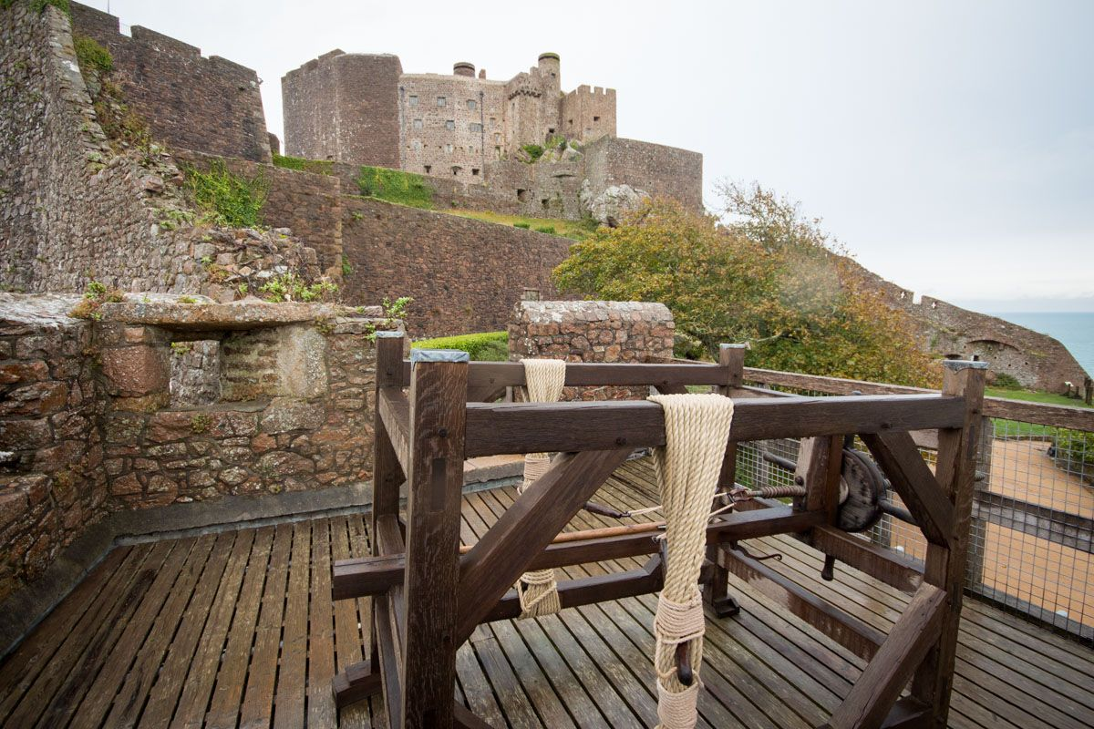 Mont Orgueil Castle, Gorey - The Best of England | Inspiring Discovery