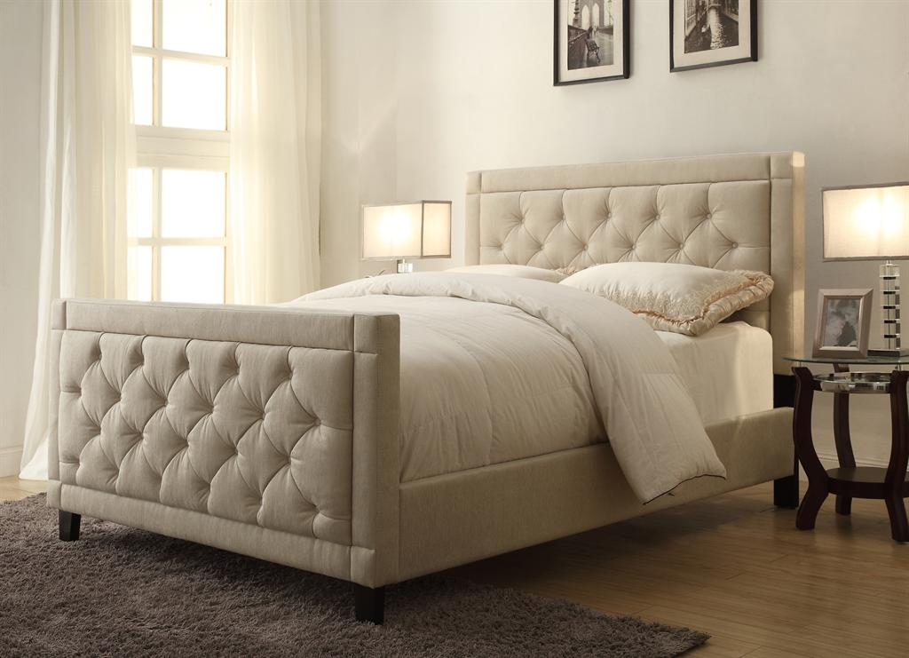Queen Upholstered Bed in Tufted Beige/Off-White Fabric | Pulaski ...